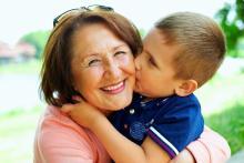 Newsletter Grannies - (Temporary) Grandchildren prolong life-expectancy